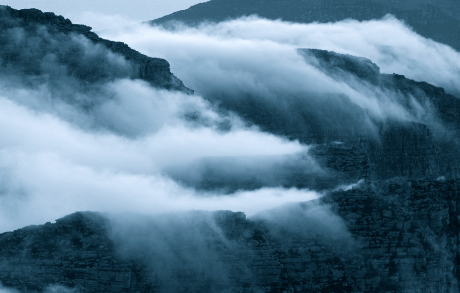 table-mountain-clouds-portfolio