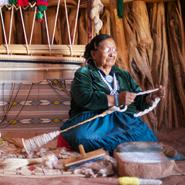Navajo-Rug-Weaver