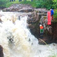 River-Nevis-Race,-Scotland2